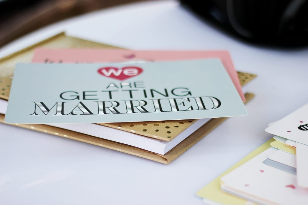 When to send a wedding save the date